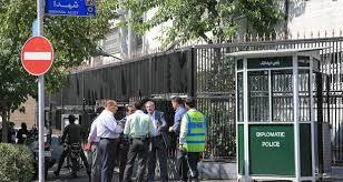 سمپاشی در سفارتخانه،سمپاشی،سمپاشی در تهران،سمپاشی در سفارتخانه و باغ سفارت،سمپاشی ادارات و منازل،سمپاشی کارخانجات